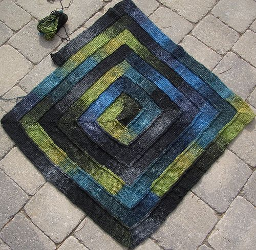 10 stitch blanket- added to queue Knitting and Stuff ...