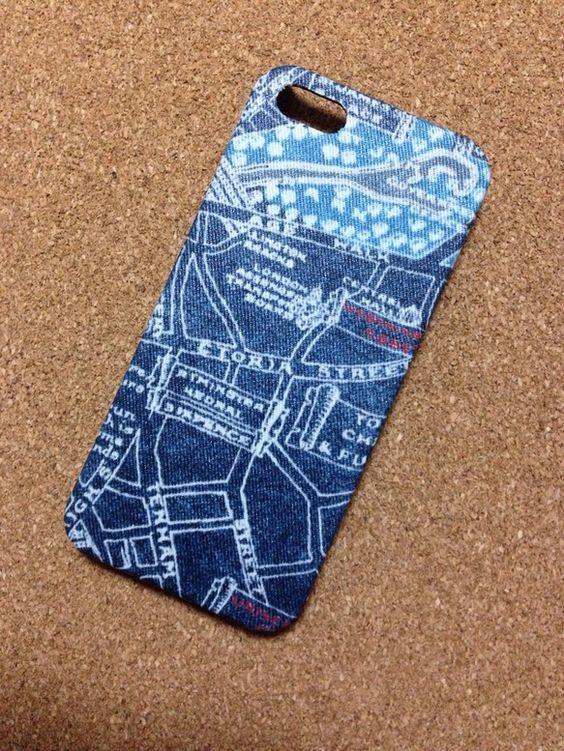 iPhone5、5s用のiPhoneケースです。✳︎防水加工済みです。汚れ防止にもなります♪✳︎ハードケースに布をはっています。✳︎防水加工をしている為布その...|ハンドメイド、手作り、手仕事品の通販・販売・購入ならCreema。