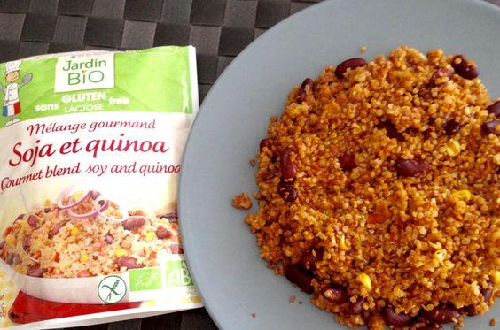 """Grâce à #JardinBio ( @leanature ) j'ai pu tester ce """"Mélange gourmand Soja et et Quinoa"""".Consommable en cas de régime #sansgluten,et, #sanslactose .Haricots un peu fades, pâteux.Une dizaine de bons grains de maïs légèrement croquants. Des poivrons,et oignons taillés si petits,qu'on peine à les retrouver! En résumé: ça dépanne,c'est bon, c'est bio, mais pas gourmand, et un peu sec! Je l'ai cuit au Micro-ondes,1'30 dans une assiette,n'aimant pas chauffer dans du plastique.NB: 437cal pour le…"""