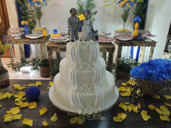 Focus Festas e Eventos   Azul Royal e Amarelo - Rústico