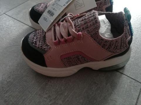 Adidasy Dziewczece Rozmiar 23 Zara Chorzow Olx Pl Shoes Sneakers Fashion