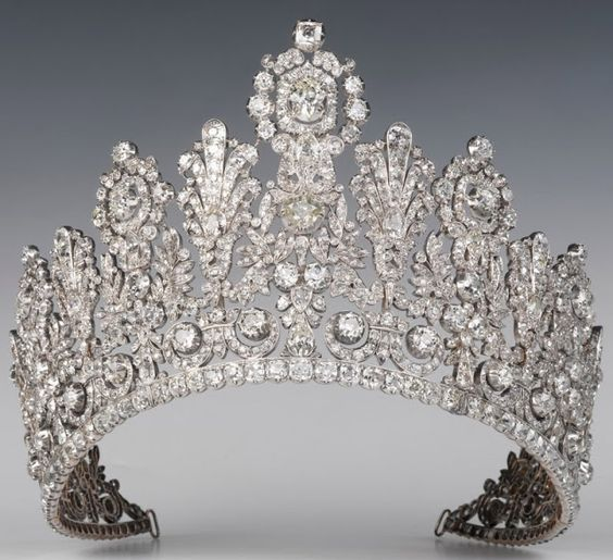 The Luxembourg Empire Tiara entered the Nassau (Luxembourg) family between 1813 and 1829. The original owner is unknown, but it was either made or altered by Frankfurt jeweller Speltz in 1829.