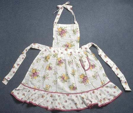 old country roses apron :)