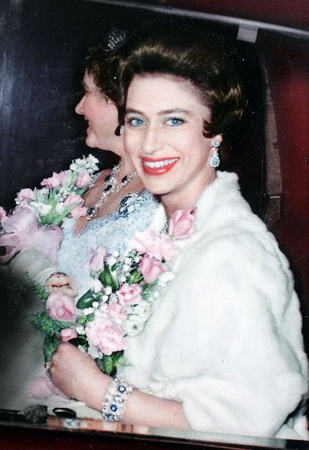 I love the Monarchy:  Queen Mother and Princess Margaret