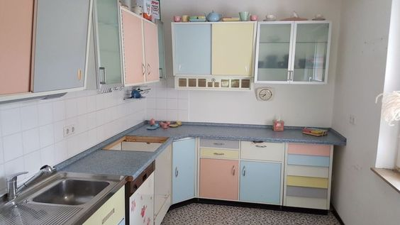 original resopal k che pastell retro 50er jahre k che pinterest retro. Black Bedroom Furniture Sets. Home Design Ideas