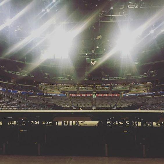 Oklahoma City OK it's your turn! Tonight @Shinedown at CHESAPEAKE ENERGY ARENA Who's going?! (Photo credit to Nick Grenade) #Shinedown #ShinedownBBTour  http://ift.tt/1OAIXjc