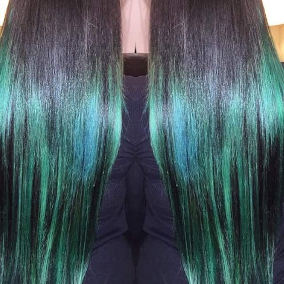 Using hair extensions to get that crazy colour green you always wanted!!!