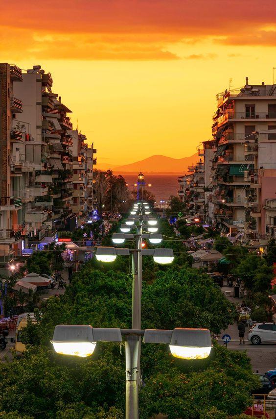Φωτό διαδύκτιο Πάτρας-Greece (KT)