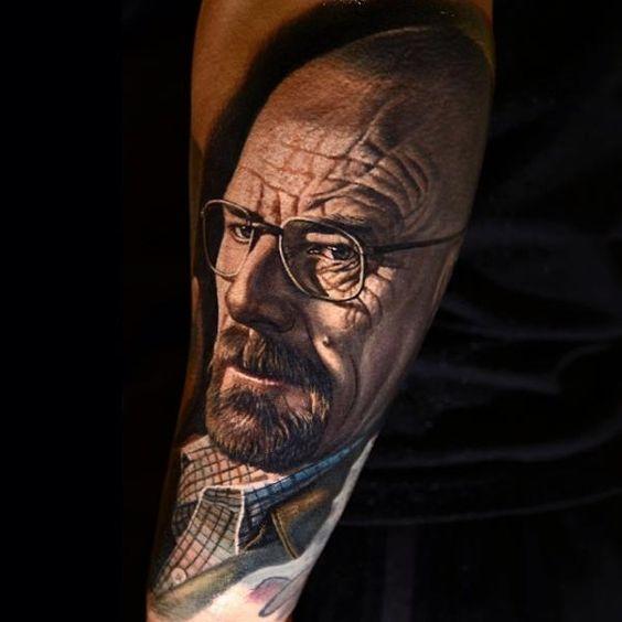 Walter White Breaking Bad Tattoo von Nikko Hurtado
