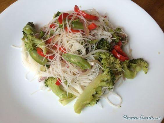 Receta de tallarines de arroz con verduras recipe - Arroz con verduras y costillas ...