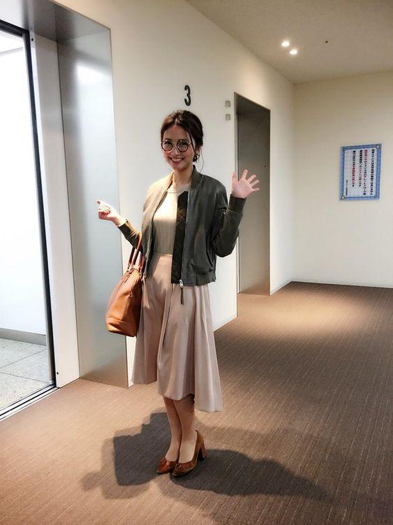 「フジテレビ×モデルプレス」の企画での私服の三田友梨佳アナの画像