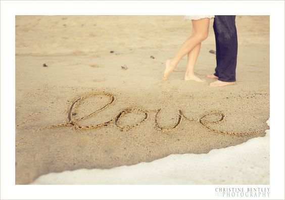 Engagement Photos at Beach | Christine Bentley Photography | Wedding Photographer Orange County