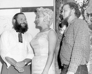 Marilyn: Marilyn Monroe judging a beard-growing contest