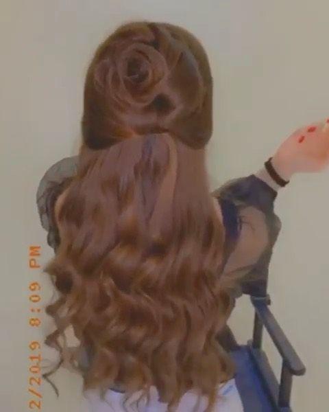 نوف فاشن نوف الشعلان On Instagram حبيت التسريحة جمال ونعومة ولون الصبغة نااار شرايكم ٠ ٠ نوف فاشن نوف فاشن تساريح Hair Styles Long Hair Styles Beauty