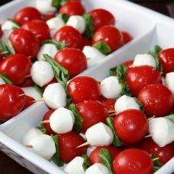 tomatoes, spinach, boccincini