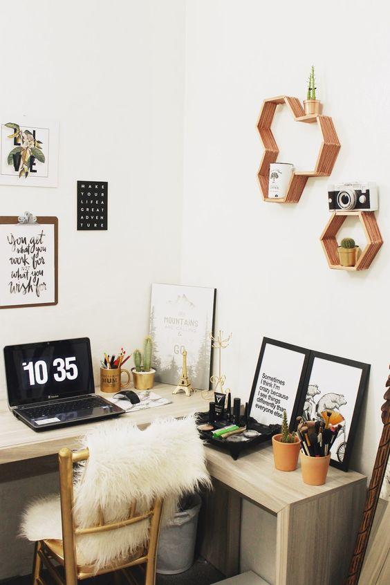 """DIY Nichos com Palitos de Picolé: vem aprender a fazer esses nichos super fofos, perfeitos para uma decoração minimalista e bem no estilo """"faça você mesmo""""! Eles foram pintados de cobre, cor que esta super em alta!:"""