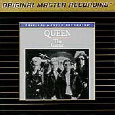 Ik heb zojuist Shazam gebruikt om Crazy Little Thing Called Love door Queen te ontdekken. http://shz.am/t219991