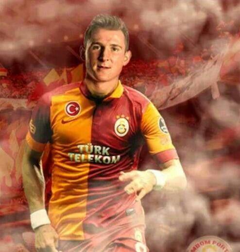 Yeni Transferimiz Izet Hajrovic