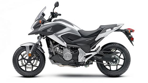 With its versatility and killer looks, the Honda NC700X satisfies all sorts of motorcycle riders.