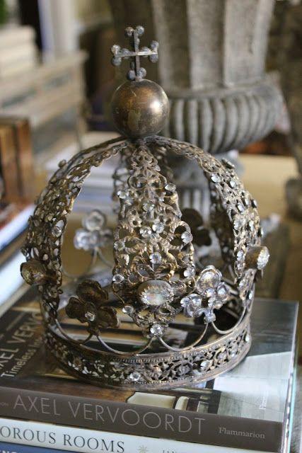 Crowns - Kronen
