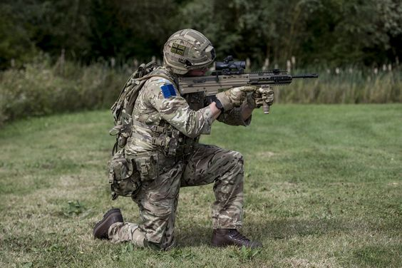 British Army unveils the SA80 L85A3 Prototype [2000x2880]