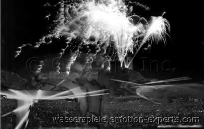 Wasserspiele Springbrunnen Wassereffekte Wasserorgel Wasserattraktion Wassershows Wasserevents Wasserwand Wasserleinwand Wasserfeuerwerke Eventtechnik Showtechnik Highlights Waterfountains Waterorgans Watershows Watereffects Lasereffects Lasershows Showlaser Laserbeams Waterscreen Waterprojection Waterattraction الجهاز المياه نوافير تأثيرات المياه نافورة يظهر الماء جذب المياه جدار الماء قماش المياه الماء مشاهدة تأثيرات المياه شركة للبيع شراء هذه الشركة نوافير المياه أحداث المياه 饮水机 购买某个公司 防水效果 防水效果 水风琴 销售公司 喷泉 水风琴 水效果 水画布 水墙 购买某个公司 水活动 фонтаны воды Купить эту компанию Компания на продажу водные эффекты Фонтаны органы воды вода стена вода Холст водные шоу водные аттракционы водные события su çeşmeleri su Organ su efektleri su Tuval su duvar su gösterileri su Etkinlikleri