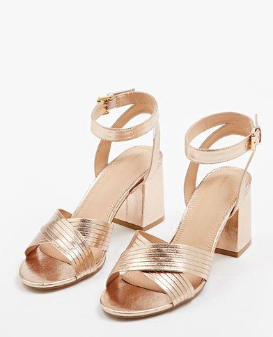 Sandali con tacco quadrato cobrizo