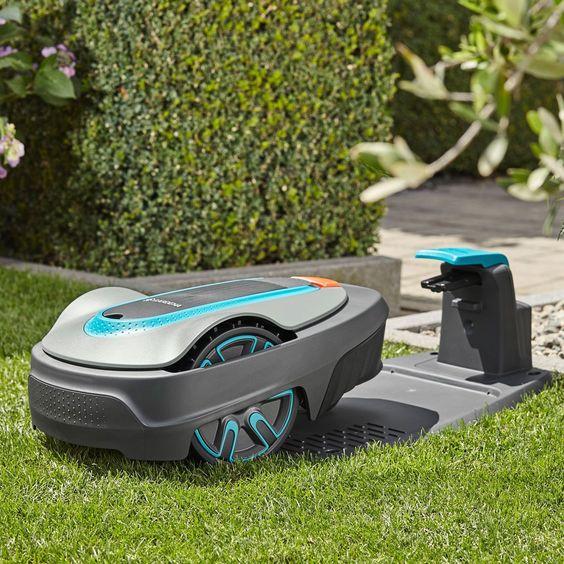 Gardena Sileno City 250 Robotic Lawnmower 1000 In 2020 Smart City Gardena Lawn Mower