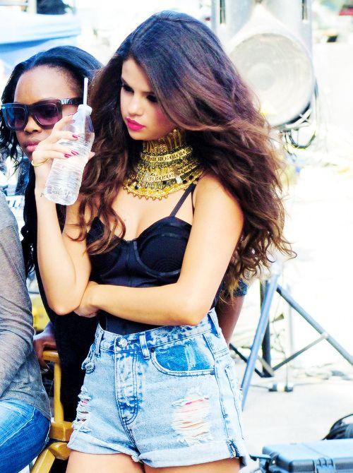 Selena gomez high waisted denim shorts