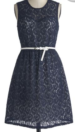 Gorgeous paisley lace dress in navy http://rstyle.me/n/cys3snyg6