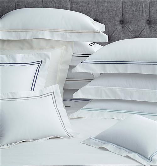 Sferra Modern Grande Hotel Bedding Collection In 2021 Bed Linens Luxury Hotel Collection Bedding Hotel Bed