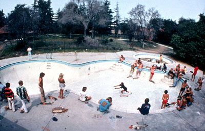 Skateboarding in the pool in Dogtown and Z-Boys - 2001