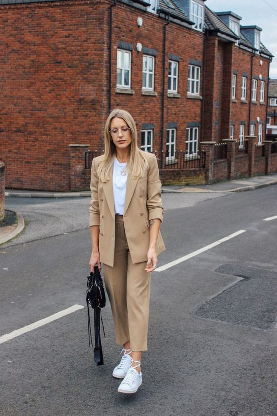 casual suit ideas for women street style