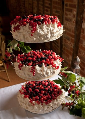pavlova...OK, that's beautiful | PAVLOVAS | Pinterest | My wedding ...