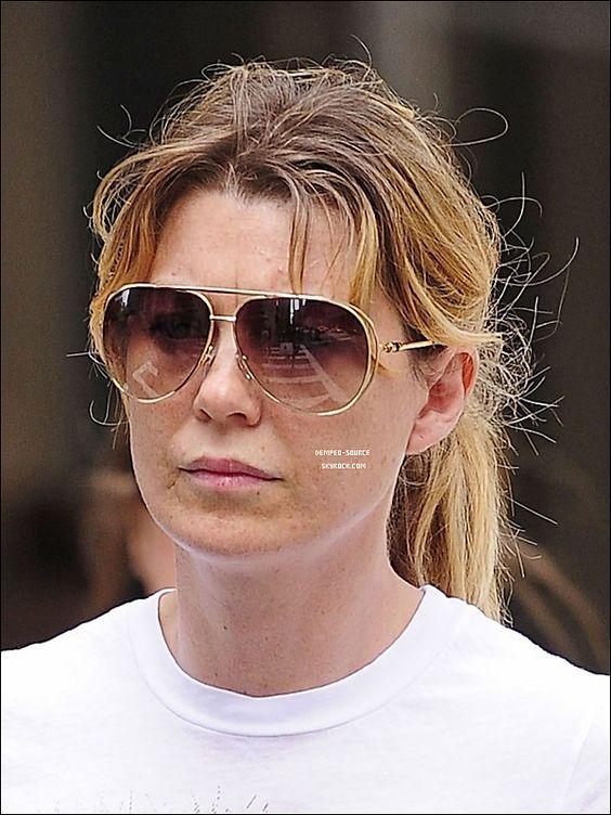 27/04/2011 - Ellen Pompeo faisait du shopping en jogging sur Madison Avenue, à New York.