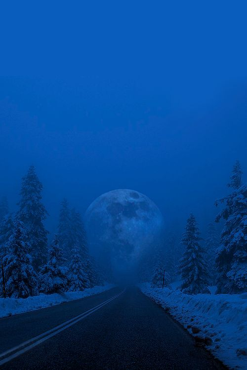 ✯ Full Moon in snowy landscape