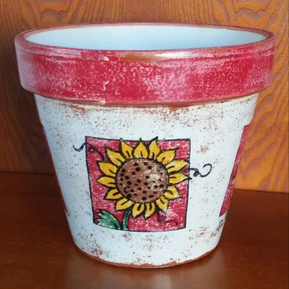 Check out this item in my Etsy shop https://www.etsy.com/listing/260212089/hand-painted-terracotta-pot