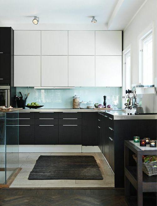 30 tolle Wohnideen für Küche Glasrückwand KitchenDesign - k chenzeile ohne oberschr nke
