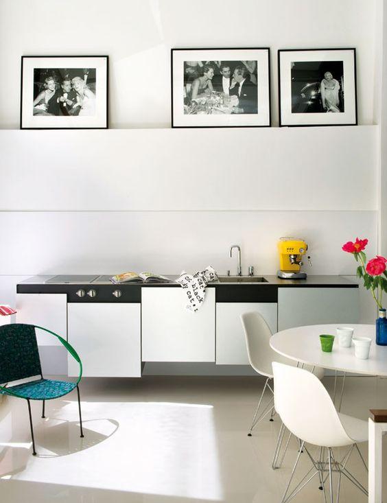 white + minimalistic: Cooking Kitchen Inspirations, White Kitchen, Dining Room, Ideas Kitchen, Cook Spaces, Design Ideas, Kitchen Design, Kitchens Kitchens