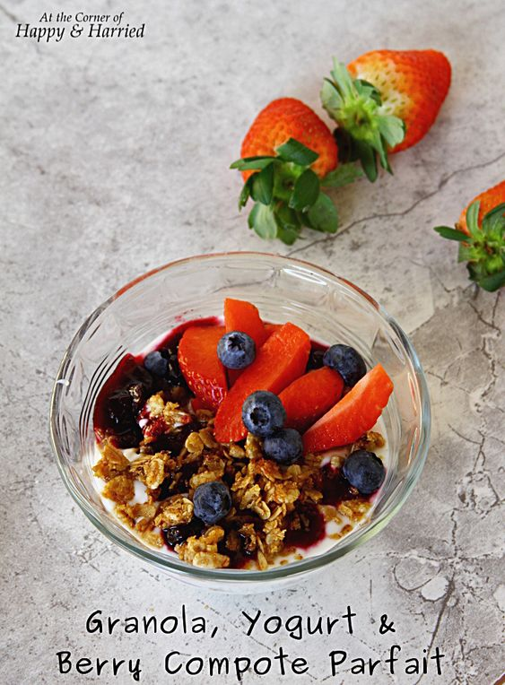 Granola, Yogurt And Berry Compote Parfait. The perfect healthy breakfast or light dessert. #happyandharried #granola #yogurt #berry #berries #compote #parfait #breakfast #brunch #dessert #healthy
