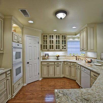 Cream colored kitchen cabinets design ideas pictures for Cream colored cabinets
