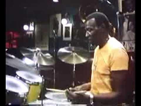 Elvin Jones Drum Solo Demonstration - YouTube