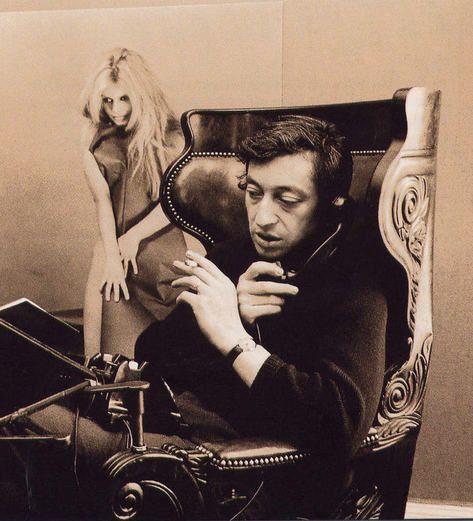 S. Gainsbourg - et poster de BB