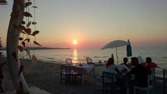 Sonnenuntergang am Strand bei Acharavi/Korfu