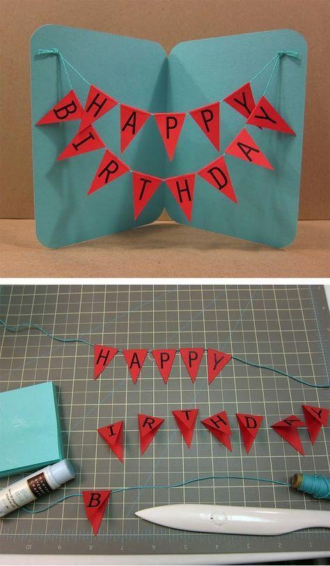 Maak je eigen verjaardagskaart door aan de binnenkant een slinger met Happy Birthday te plakken!