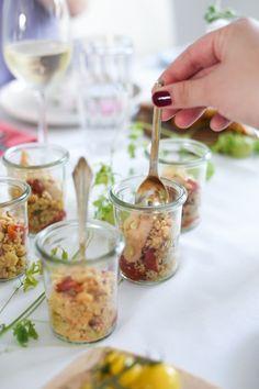 Couscoussalat mit im Ofen geschmorten Honig-Tomaten Perfekt für Gäste oder für's Buffet
