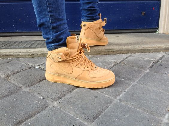 Nike Air Force Mid Wheat