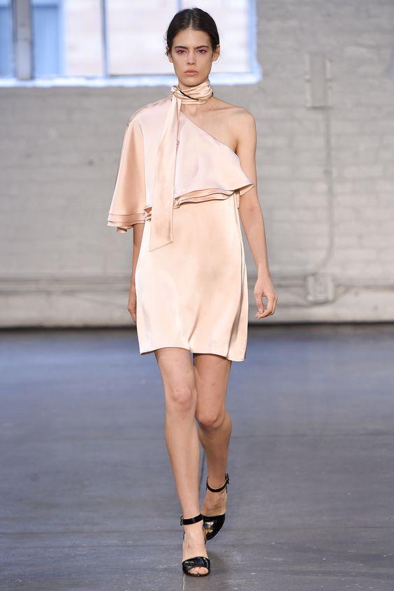 Модні сукні весни-літа 2016  8 трендів сезону (фото) - Жіночий ... edfeec677079e