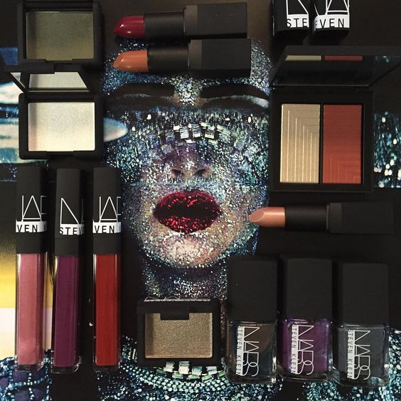 """""""Francois Nars has teamed up with famed fashion photographer Steven Klein for a limited edition holiday collection. This will surely be popular with true…"""""""