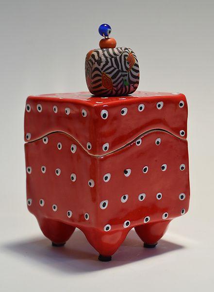 Red Box: Vaughan Nelson: Céramique Box - Artful Accueil